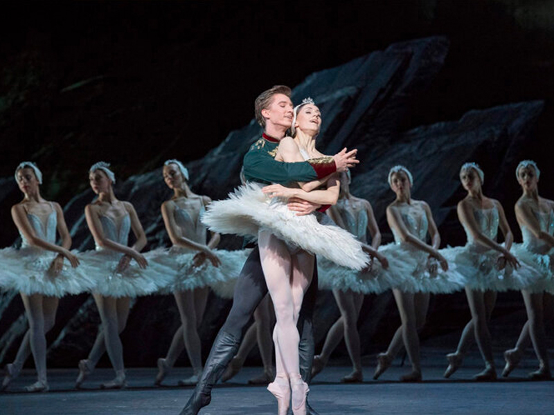 The Royal Ballet - Swan Lake